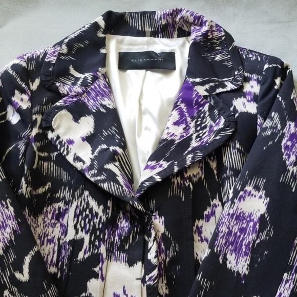 Elie Tahari Jackets & Blazers - Elie Tahari Abstract Floral Purple Blazer - Size 4